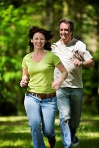 運動は認知症のリスクを軽減し、認知機能を改善するって知っていましたか?