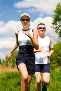 運動は認知症のリスクを軽減し、認知機能を改善する