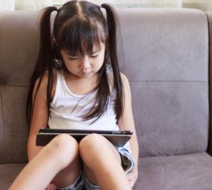 デジタル機器が脳に及ぼす影響をご存知ですか?